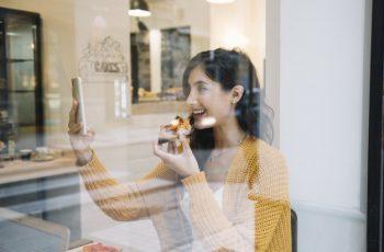 Check-in no Facebook: veja como usar essa estratégia na sua padaria